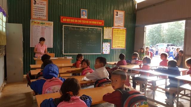 Học sinh Pà Khốm ở độ cao 1000m đã không còn bỏ học - 9