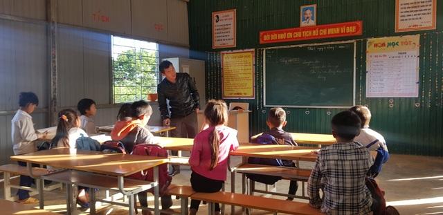 Học sinh Pà Khốm ở độ cao 1000m đã không còn bỏ học - 13