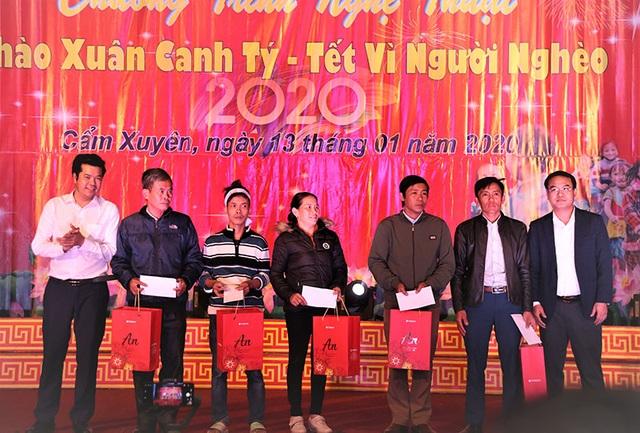 Ấm tình Xuân đêm giao lưu ủng hộ dân nghèo Hà Tĩnh đón Tết - 20