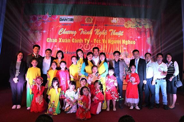 Ấm tình Xuân đêm giao lưu ủng hộ dân nghèo Hà Tĩnh đón Tết - 26