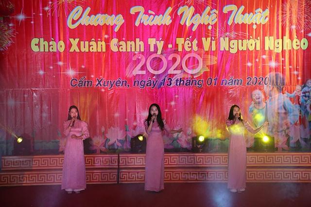 Ấm tình Xuân đêm giao lưu ủng hộ dân nghèo Hà Tĩnh đón Tết - 10