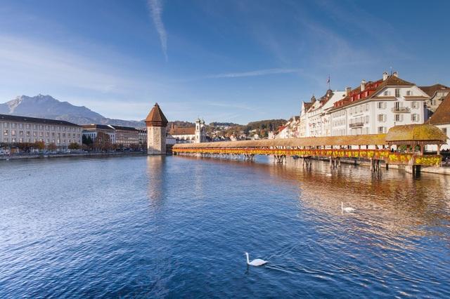 Những cây cầu đẹp nhất Châu Âu - 4