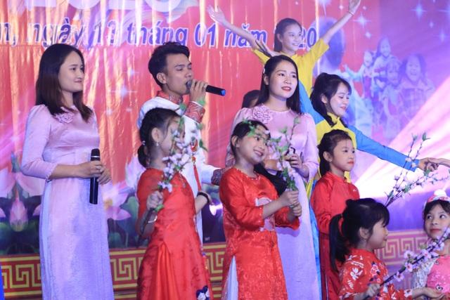Ấm tình Xuân đêm giao lưu ủng hộ dân nghèo Hà Tĩnh đón Tết - 12