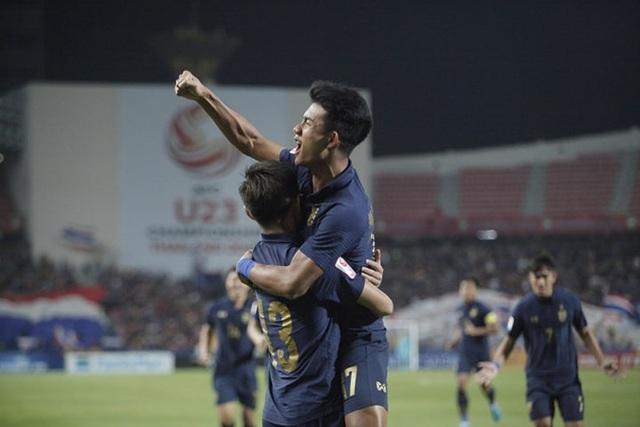 U23 Thái Lan 1-1 U23 Iraq: Đội chủ nhà vào tứ kết - 14
