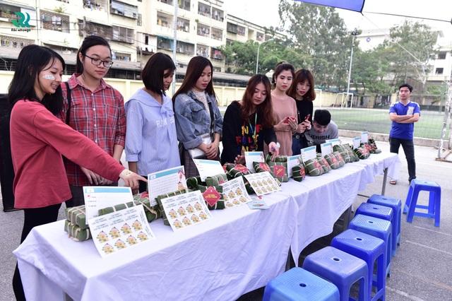 """Riki Nihongo tổ chức chương trình từ thiện  """"Gói bánh, Gói yêu thương"""" - 5"""