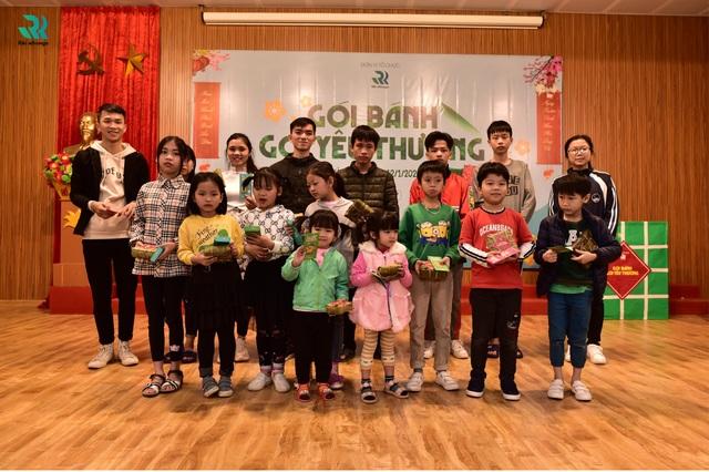 """Riki Nihongo tổ chức chương trình từ thiện  """"Gói bánh, Gói yêu thương"""" - 8"""