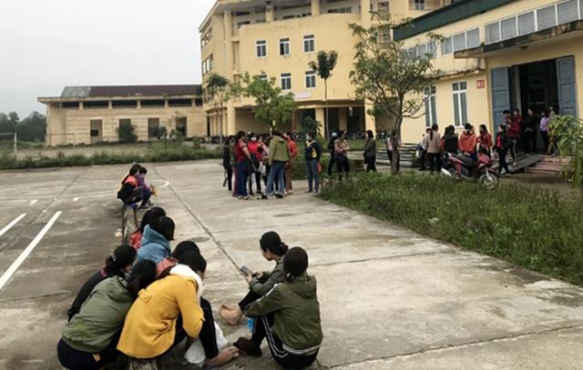 Hà Tĩnh: Hơn 300 công nhân may đình công những ngày cận Tết - 1