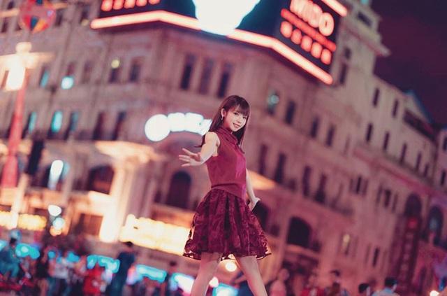 Cosplayer xinh đẹp Nhật Bản kiếm 2 tỷ đồng mỗi ngày, ai cũng ngỡ ngàng - 3