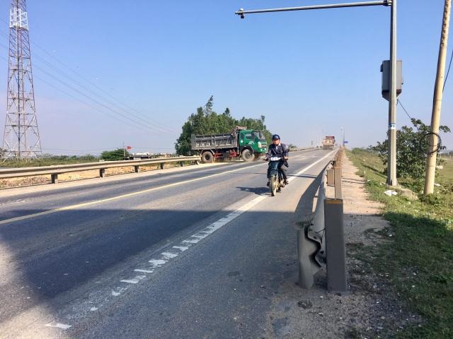 """Dự án gần 82 tỷ mở đường đấu nối sai quy định ngay """"điểm đen"""" tai nạn tại Quảng Bình - 4"""