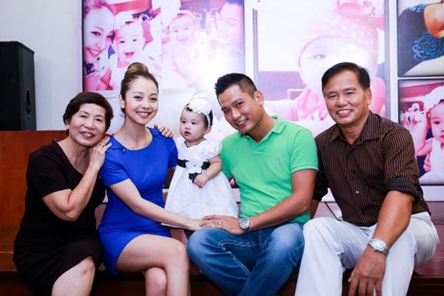 """Jennifer Phạm sinh con thứ 4 cho chồng """"thiếu gia"""", mẹ chồng doanh nhân đích thân chăm sóc - 2"""