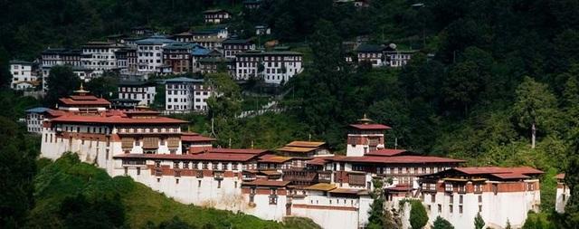 Những nơi bạn nhất định phải tới khi đến vùng đất của hạnh phúc - Bhutan! - 7