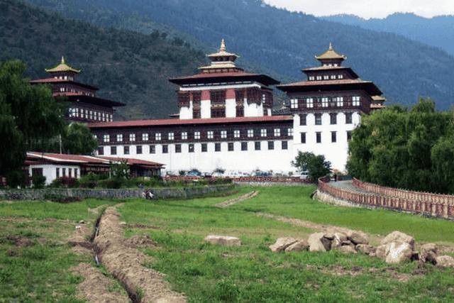 Những nơi bạn nhất định phải tới khi đến vùng đất của hạnh phúc - Bhutan! - 9