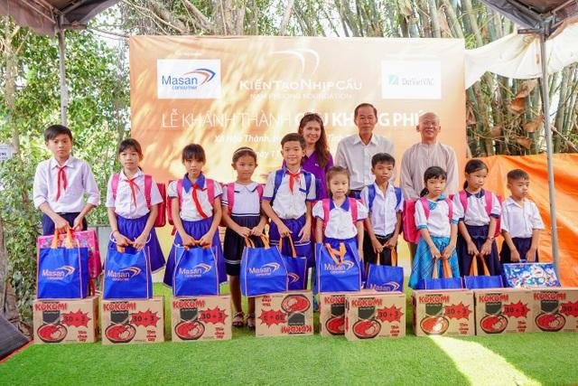 """Masan Consumer đồng hành cùng chương trình """"Kiến tạo nhịp cầu"""" khánh thành Cầu Khang Phúc - 3"""