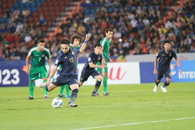 U23 Thái Lan giành vé vào tứ kết nhờ bản lĩnh và sự quả cảm - 1