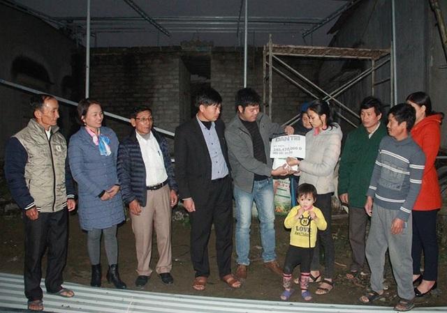 Nhiệt huyết trong hoạt động thiện nguyện, PV Dân trí được huyện tặng Giấy khen - 2