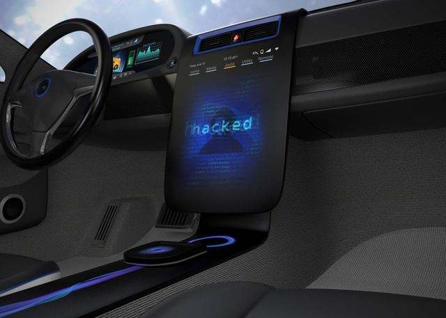 Ô tô kết nối sẽ trở nên nguy hiểm thế nào nếu bị hack? - 1