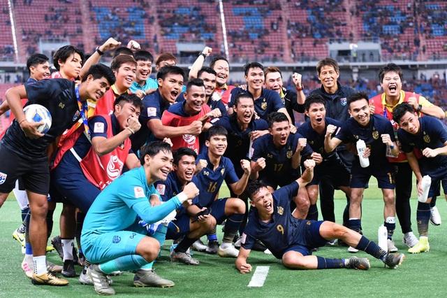 """Báo châu Á: """"U23 Thái Lan đã làm nên lịch sử"""" - 1"""