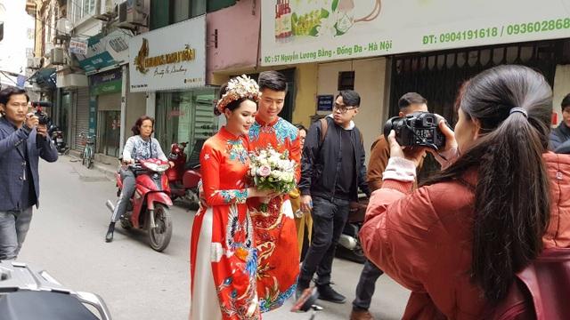 Cô dâu hot girl của Duy Mạnh rạng ngời trong sắc đỏ ngày ăn hỏi - 8