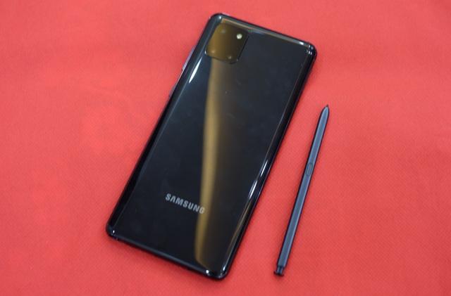 Trên tay Samsung Galaxy Note 10 Lite mới ra mắt tại Việt Nam - 3
