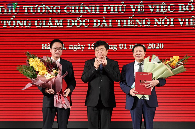 Trao quyết định của Thủ tướng bổ nhiệm 2 Phó Tổng Giám đốc VOV - 1