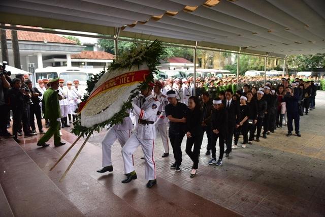 Thủ tướng viếng 3 liệt sĩ hy sinh ở Đồng Tâm - Ảnh minh hoạ 27