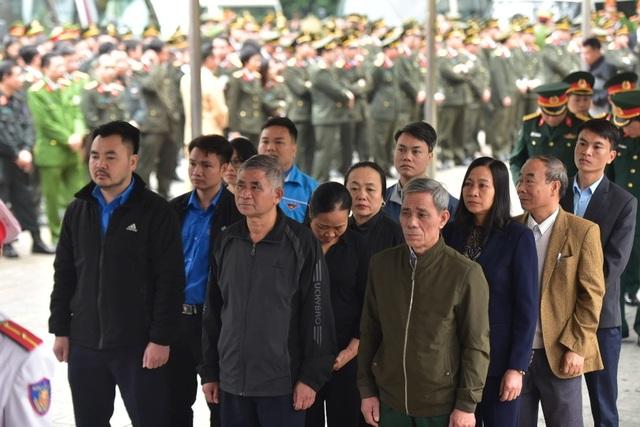 Thủ tướng viếng 3 liệt sĩ hy sinh ở Đồng Tâm - 37