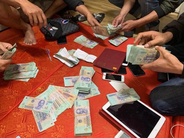 Triệt phá đường dây đánh bạc liên tỉnh gần 10 tỷ đồng/tháng - 2