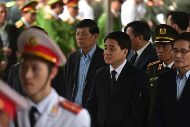 Thủ tướng viếng 3 liệt sĩ hy sinh ở Đồng Tâm - 32
