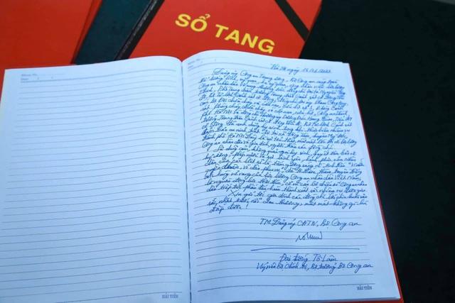 Thủ tướng viếng 3 liệt sĩ hy sinh ở Đồng Tâm - 25