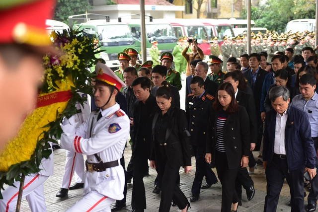 Thủ tướng viếng 3 liệt sĩ hy sinh ở Đồng Tâm - 39