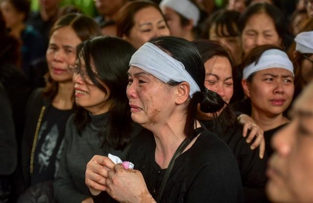 Thủ tướng viếng 3 liệt sĩ hy sinh ở Đồng Tâm - Ảnh minh hoạ 3