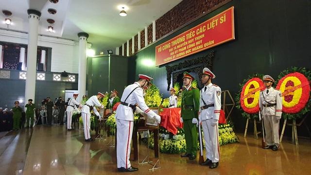 Thủ tướng viếng 3 liệt sĩ hy sinh ở Đồng Tâm - 42