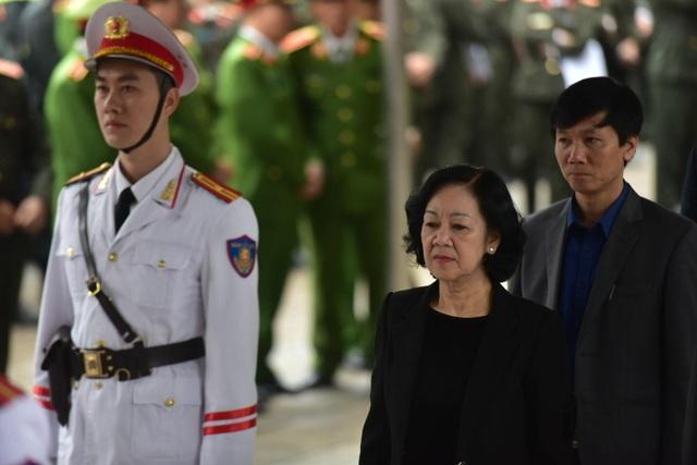 Thủ tướng viếng 3 liệt sĩ hy sinh ở Đồng Tâm - Ảnh minh hoạ 29