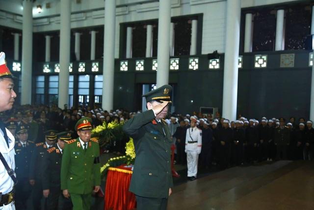Thủ tướng viếng 3 liệt sĩ hy sinh ở Đồng Tâm - 24