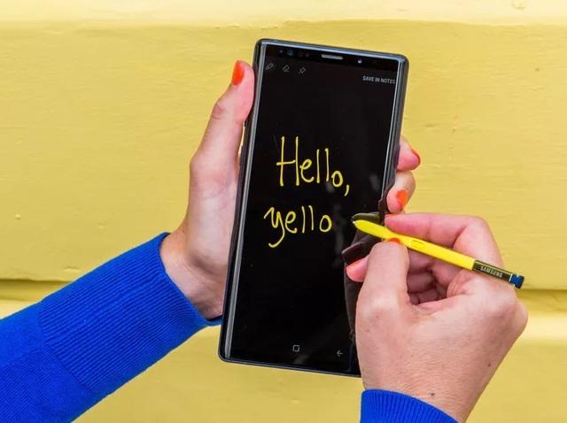 Những smartphone giảm giá mạnh trong dịp cận Tết Nguyên Đán - 1
