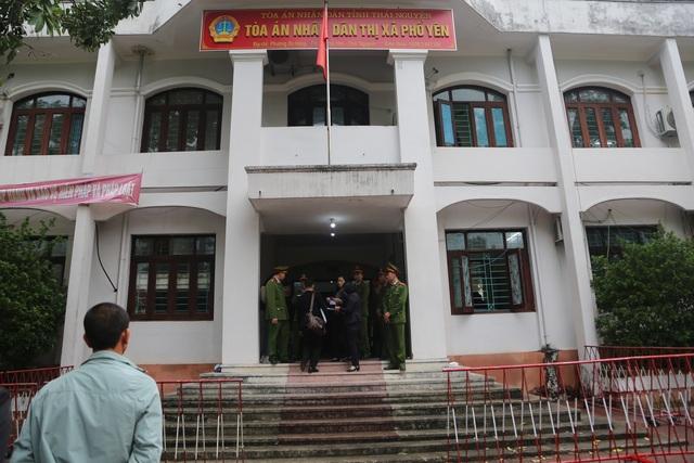 Hoãn xử vụ container đâm Innova đi lùi trên cao tốc Hà Nội - Thái Nguyên - 1