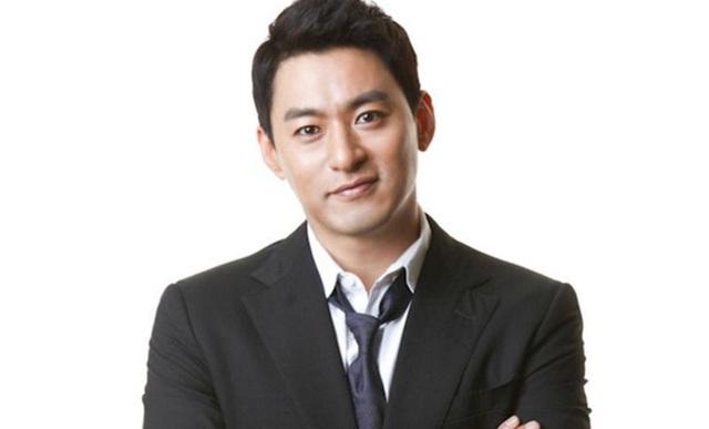 """Hyun Bin lên tiếng về tin đồn liên đới vụ """"săn gái trẻ"""" của Jang Dong Gun - 3"""