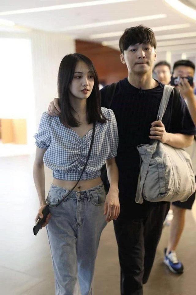 """Hậu chia tay, bạn trai Trịnh Sảng tuyên bố sẽ """"kể hết"""" bí mật - 1"""