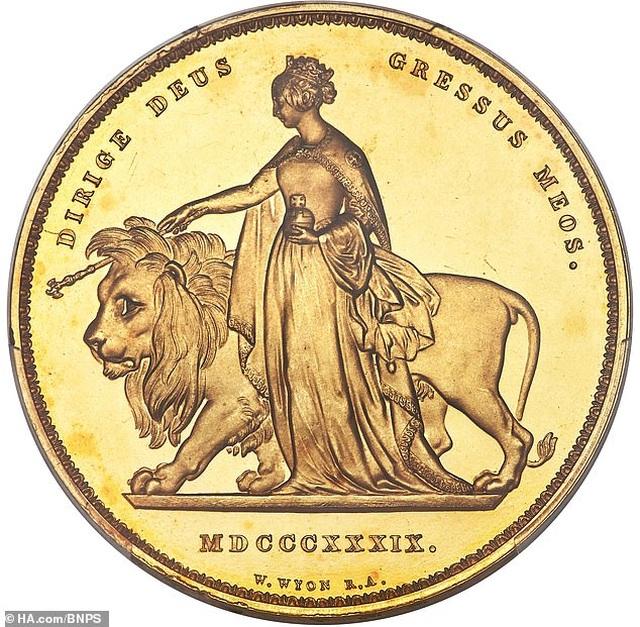 Một đồng xu vàng được bán với giá kỷ lục hơn 16 tỷ đồng - 1