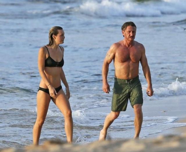Sean Penn dự sự kiện cùng bạn gái kém 32 tuổi - 5