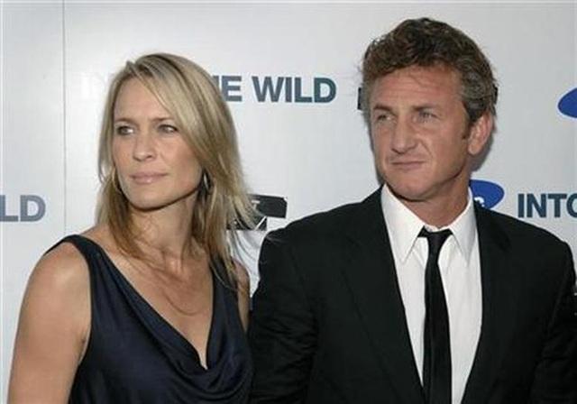 Sean Penn dự sự kiện cùng bạn gái kém 32 tuổi - 7