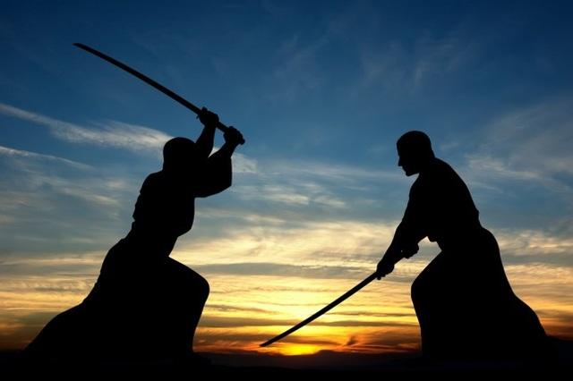 Chồng đòi đấu kiếm samurai với vợ để giải quyết tranh chấp - 1