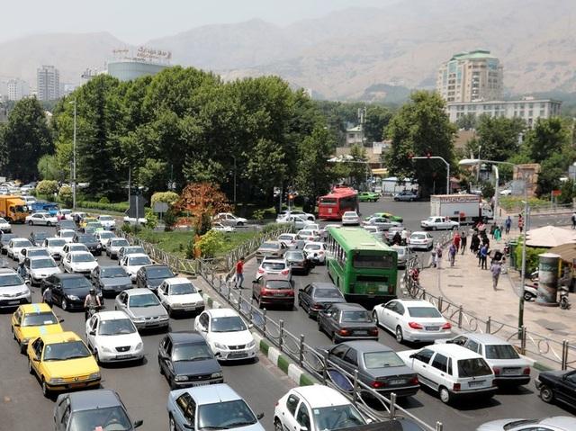 Vì sao nền kinh tế Iran đủ chống đỡ trước đòn trừng phạt của Mỹ? - 2