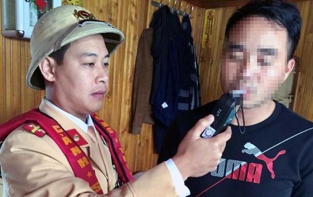 Thuyền trưởng bị phạt vì có nồng độ cồn lên đến… 3,7 mg/lít khí thở - 1