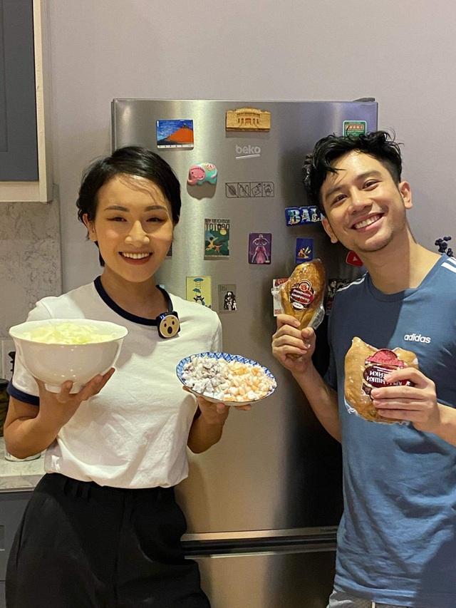 Vào bếp cùng Dino Vũ và Giang Ơi: Biến tấu mâm cơm Tết, kể chuyện ở Châu Âu - 3