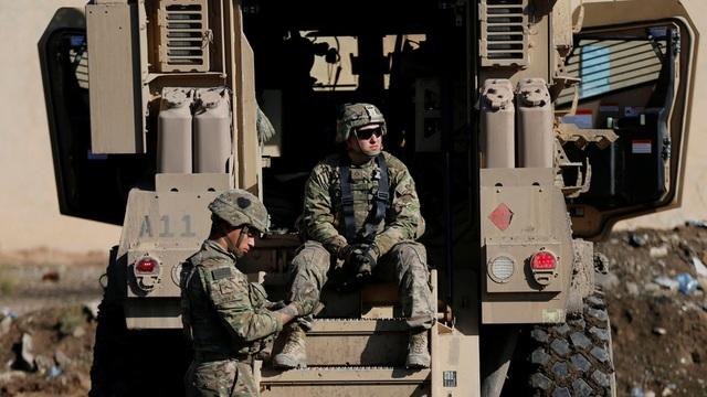 """Lầu Năm Góc nói Iraq muốn lực lượng Mỹ ở lại """"dài hạn"""" - 1"""