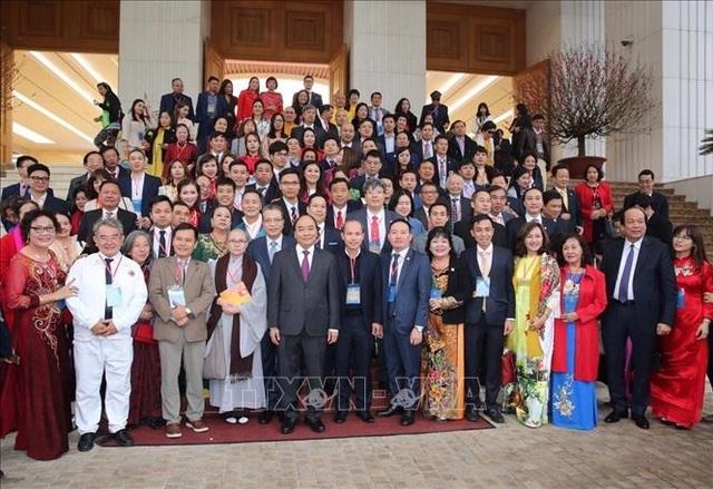 Thủ tướng gặp mặt kiều bào tham dự chương trình Xuân Quê hương 2020 - 8