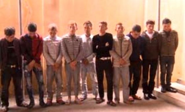 Gần 20 thanh niên tổ chức sử dụng ma túy tại quán karaoke - 1
