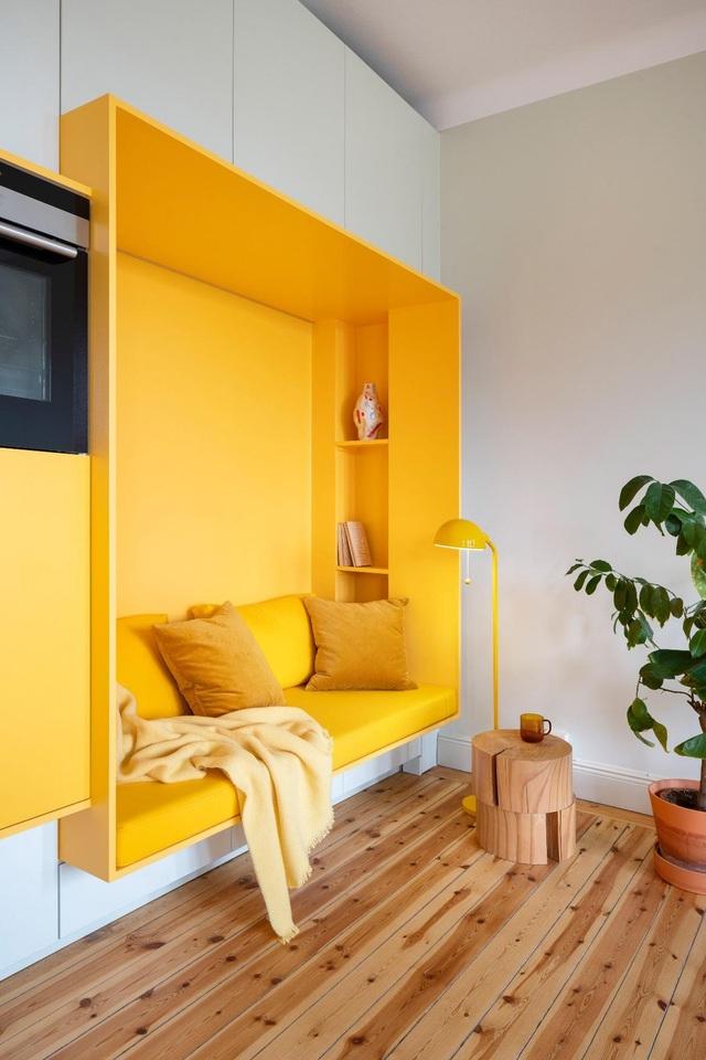 Căn nhà 80 m2 bắt mắt và đầy sức hút nhờ những bức tường sơn vàng ấn tượng - 7