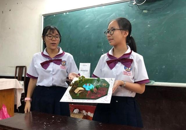 Ngỡ ngàng bài kiểm tra Văn làm bằng mô hình của học sinh TPHCM - 6